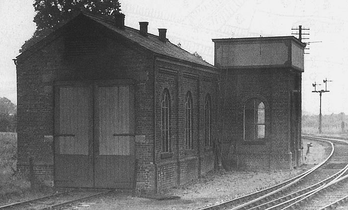 Alcester Station Gwr Shed Close Up Showing The Bearley
