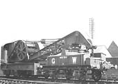 Photograph of Great Western Railway Steam Crane No 5 with Match Truck No 5 taken in May 1932